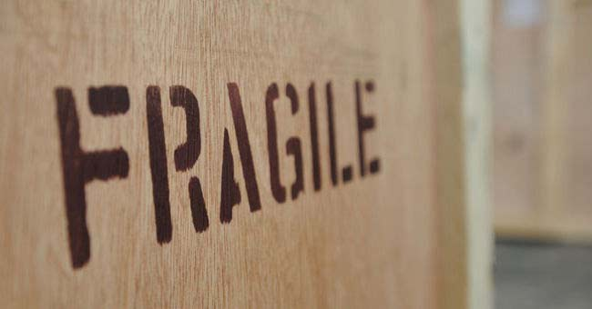 moving-insurance-fragile